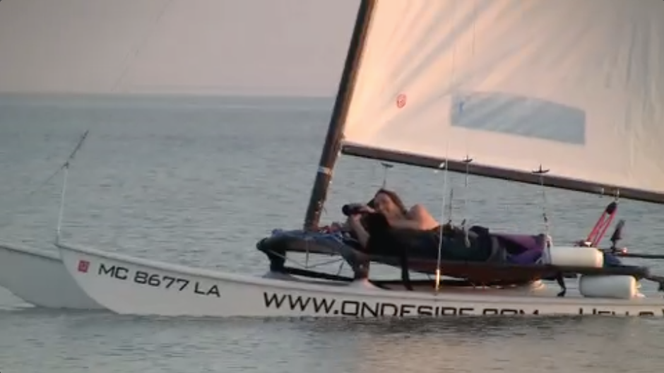 A podcast about movie making and the scifi featurette, Daughter of God, with Director Shri Fugi Spilt, (Dan Kelly). Giving up and getting out on the Water. Dan sailing to Elberta Beach at the begining of September 2009.